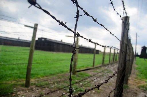 Holocaust und Nationalsozialismus – Geschichtsunterricht digital in der Klasse 9b